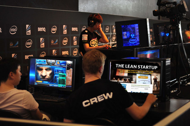 Starcraft and the Lean Startup